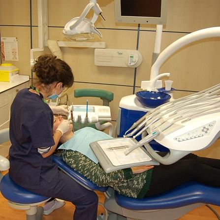 Resultado de imagen de Centro Dental Amezola